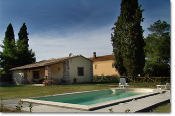 Volterra - small farm country villa with its own independent pool